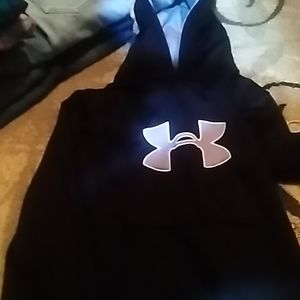 Brand new no tags underamor BLK hoodie